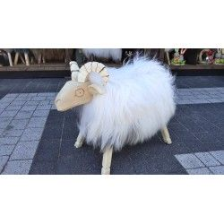 Owca DUŻA - taboret ze skóry
